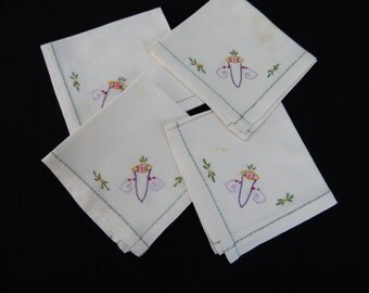 Set of 4 Vintage White Luncheon Napkins with Hand Embroidery Flowers