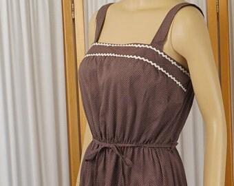 Vintage 1970s Sundress Brown and White Polka Dots Cotton Sz M B38 W 22-36