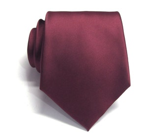 Mens Tie. Maroon Burgundy Silk Necktie With Matching Pocket Square Option