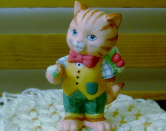 Gentleman Caller - Charismatic Cats Figurine - Bronson Collectibles