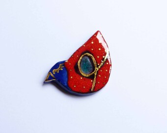 Ceramic brooch, multicolored  bird with gold. Broche céramique, oiseau multicolore et or.