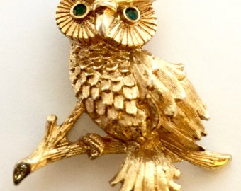 Vintage Goldtone Owl Pin with Green Gem Eyes