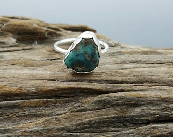 Turquoise and argentium silver stacking ring - size 7