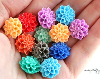20pc dahlia flower resin cabochons / assorted resin dahlia cabs / 15mm shiny resin flat back flowers / mixed flower cab embellishments