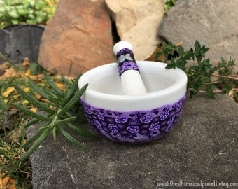 Millefiori Fit in the Palm of Your Hand Mortar and Pestle in Shades of  Purple