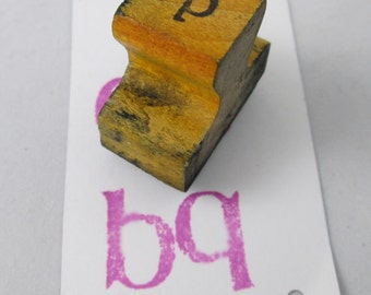 Vintage Wood and Rubber Lower Case B or Q Stamp Vintage Wood and Rubber Stamp - Scrapbooking Stamp - Rubber Stamp Collection