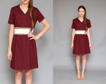 Vintage 60s Polyester Handmade Burgundy Mod Mini Decorative Waistband Dress // - Size Small Medium
