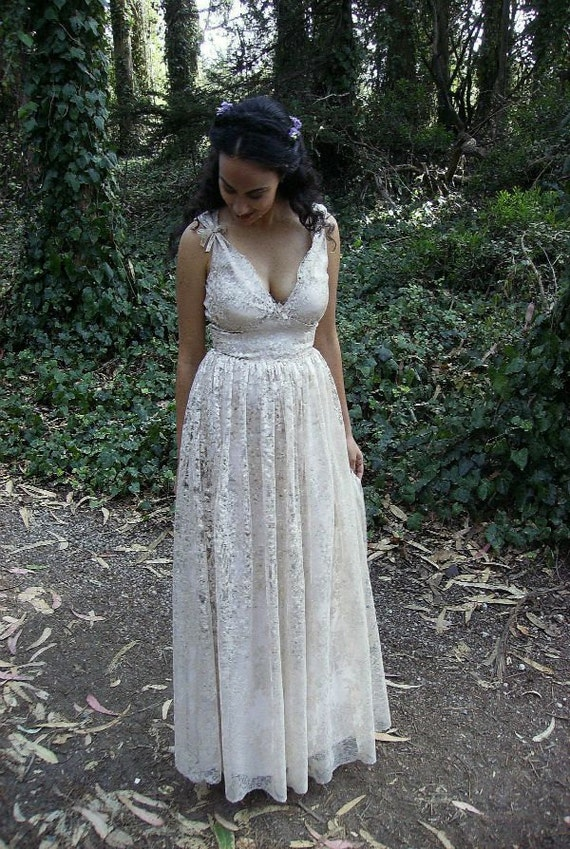 50s Wedding Dress, 1950s Style Wedding Dresses, Rockabilly Weddings 1950s Lace Wedding Dress CHARLOTTE1950s Lace Wedding Dress CHARLOTTE $1,998.00 AT vintagedancer.com