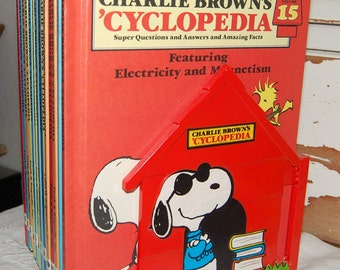 CHARLIE BROWN'S CYCLOPEDIA Encyclopedia 14 Books & Stand 1980 Snoopy