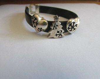 Snow flake tree bracelet