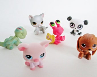 Six LPS Littlest Pet Shop figurines with bobblin' heads, Puppy, Kitty Cat, Lizard, Panda Game Pieces craft party supply favors cake toppers