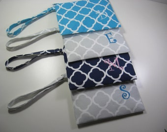Set of 12  Personalized Bridesmaid Gifts - Wedding Gifts - Clutch- Zipper Pouch- Personalized Wristlet  - Small