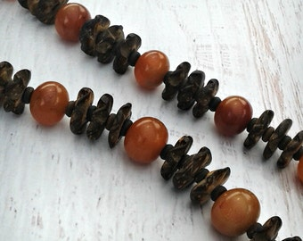 Vintage Handmade Boho Carved Wood Necklace Choker