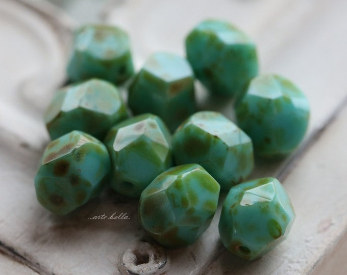 sale .. MOSS TURQUOISE NUGGETS No. 1 .. 10 Premium Picasso Czech Faceted Glass Beads 8mm (4941-10)