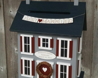 Wedding Card Money Box Personalized with Names and Date - Love Birds