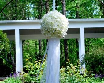 Wedding Kissing Ball - Hydrangea Kissing Ball - Wedding Flowers - Flower Pomader - Wedding Decoration - Aisle Decor - Shabby Chic Wedding