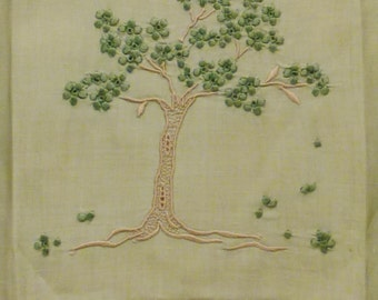 MARGHAB JACARANDA TREE Madeira Guest Towel Excellent condition app.21 x 14