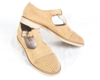 VTG 90's Camel Nubuck T Strap Sandals size 8 1/2 Womens Leather Mary Janes Flats Buckle Eyelets Oxfords Light Brown