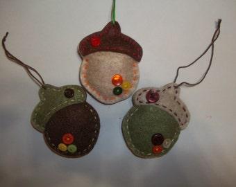 Felt Acorn Ornaments / Felt Acorn Gift Tags / Set of 3
