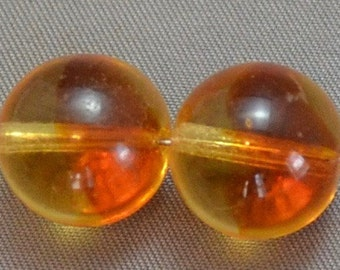 Large round Vintage Glass two toned Amber beads Stunning (2)