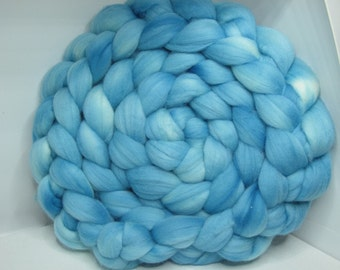 Merino 15.5 Roving Combed Top 5oz - Robin's Egg 2