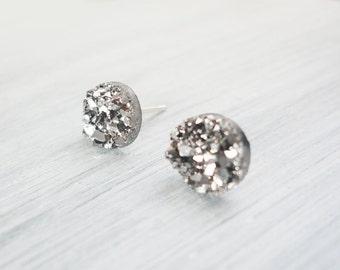 Gunmetal Gray Faux Druzy Earrings, 8mm Faux Druzy, Glitter Studs, Druzy Cabachon, Stainless Steel / 1c