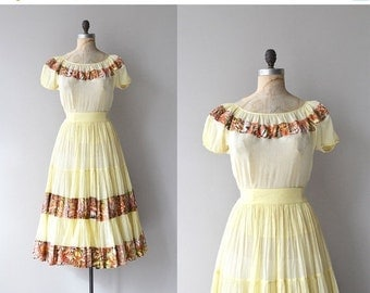 25% OFF.... Gypsy Eyes dress | vintage 1950s dress | 50s blouse and skirt