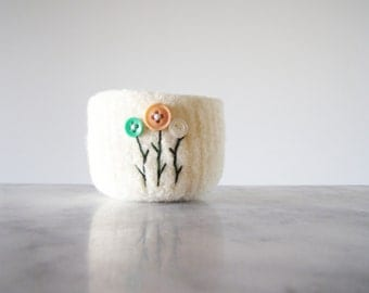 jewelry organizer - soft ring dish or bowl - felted wool bowl - off white soft bowl with pastel button flowers - handmade by the Felterie