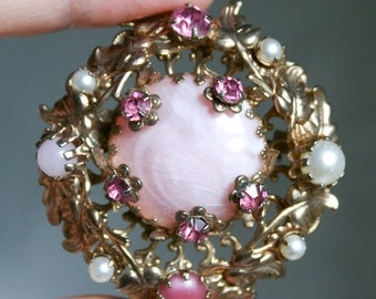 Pink Rhinestone Gold Filigree Brooch