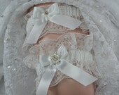 Wedding Garter Set, White Lace Wedding Garter, Bridal Heirloom Garter