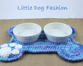 Feeding mat for Dog, Placemat for dog, Unique dog gift, Dog Christmas gift, Dog Products, Snack mat for Dog, Crochet, Dog Bone, blue Ombre