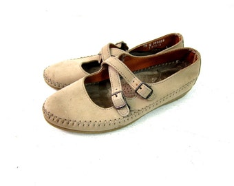 Tan Leather Moccasins Criss Cross Strap Sandals Taupe Flats Vintage 1990s Dexter Huaraches Hipster Preppy Bohemian shoes Womens size 7