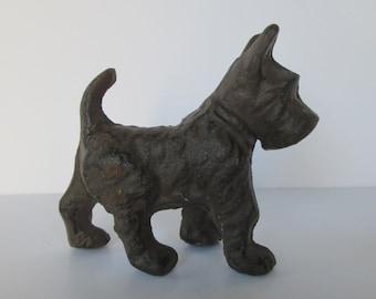 Cast Iron Scottish Terrier Dog