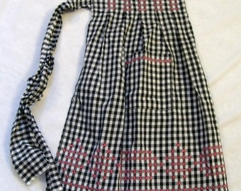 Vintage Apron, Black and White Apron, Half Apron, Gingham Apron, Red Chicken Scratch