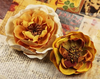 Prima fabric flowers- Cancan Vintage Lace