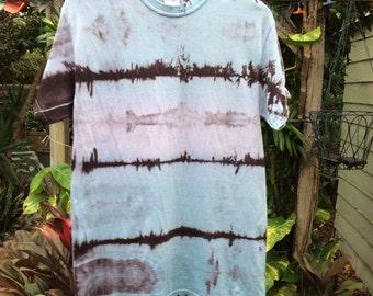 Mens medium premium blue fade Shibori Landscape tie Dye T-shirt