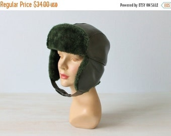 SALE Winter Hat with Ear Flaps / Trapper Hat / Vintage 1970s / Faux Fur / Forrest Green