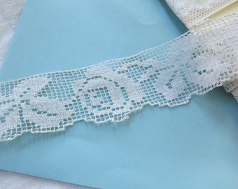 """Vintage Filet Lace Trim with Roses and Leaves 4.33 Yards x 1-1/2"""" Wide"""