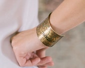 Vintage London Map with the River Thames Brass Cuff Bracelet - Map Jewelry - Original Valentines Day Gift Ideas