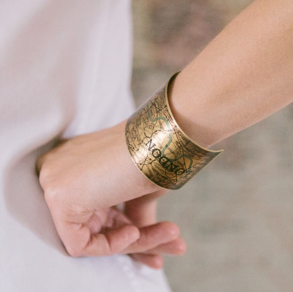 Vintage London Map with the River Thames Brass Cuff Bracelet - Map Jewelry - Original Unique Gift Ideas