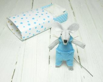 Small hand made doll plush felt mouse animal in matchbox toy for bjd children birthday gift Christmas stocking filler
