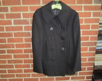 Vintage 1940s Authentic WW2 U.S. Military Issue Navy Pea Coat from Iowa Estate