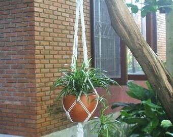 Macrame plant hanger in Simplex series  Model C