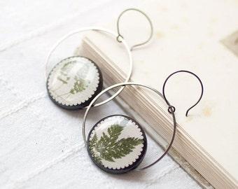 Botanical earrings - Large hoop earrings - green leaf earrings - Nature jewelry - Green earrings - Floral earrings - Plant jewelry (E090)