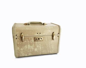 Vintage- Travel- Suitcase-Train Case-Luggage-Samsonite- Blond