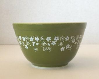 Pyrex Crazy Daisy mixing bowl