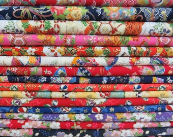 Lovely Scrap Pack of Kimono Prints Fabric -- 16 Pieces -- 30 cm x 35 cm Per Piece