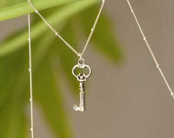 Skeleton Key, Sterling Silver Necklace, Victorian style, Retro Trend, Gift for a Teacher, Silver Key Necklace, Gift for wife, Women Fashion