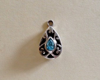 Gorgeous Swiss Blue Topaz and Sterling Silver Filigree Pendant