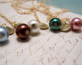 FIVE Personalized Pearl  Necklaces in Your Choice of Colors. Bridesmaid. Friendship. Love.Set. Bridesmaids. Bridal Party